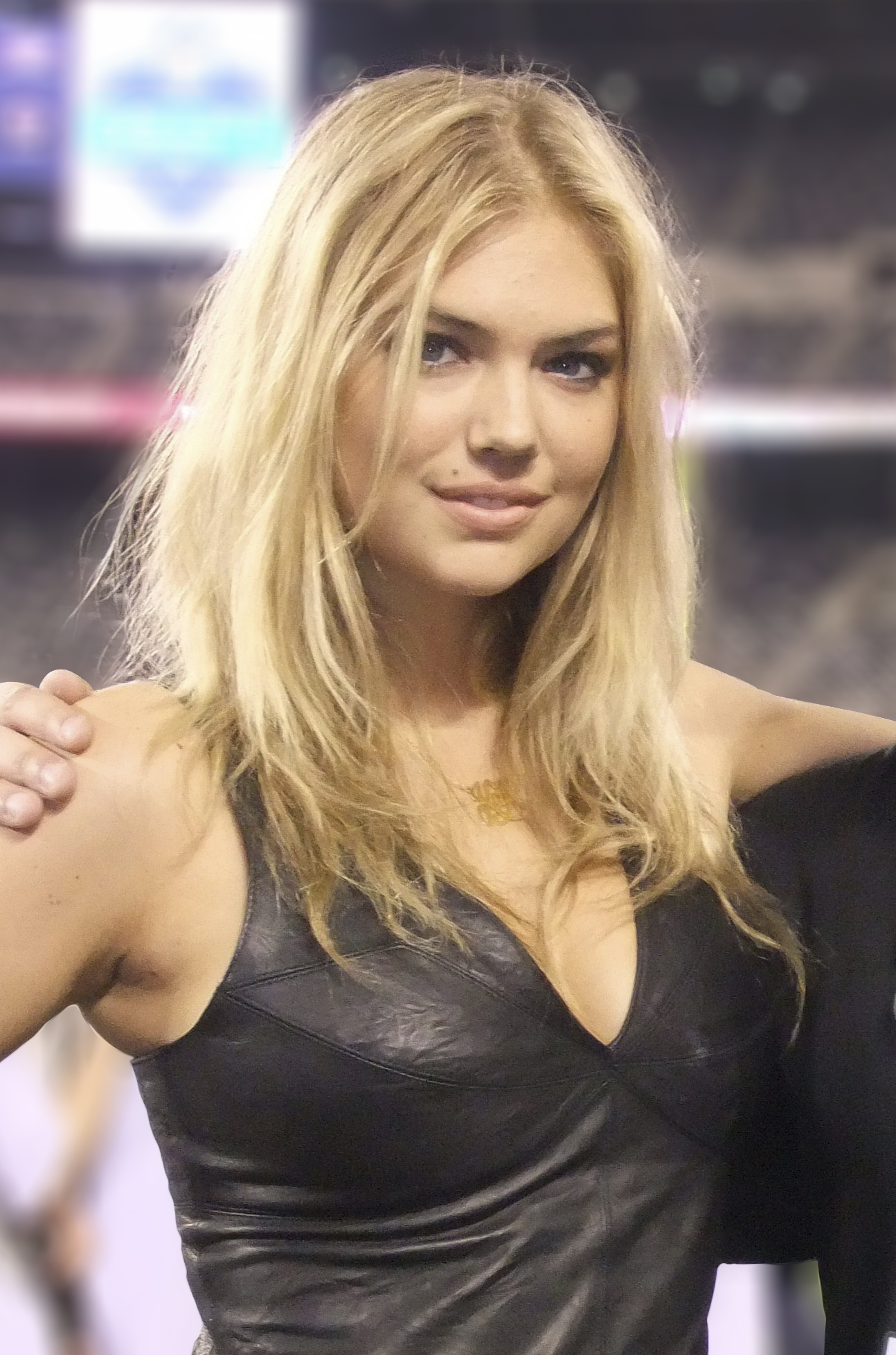 Kate_Upton_at_2011_Jets_VIP_draft_party_(crop)